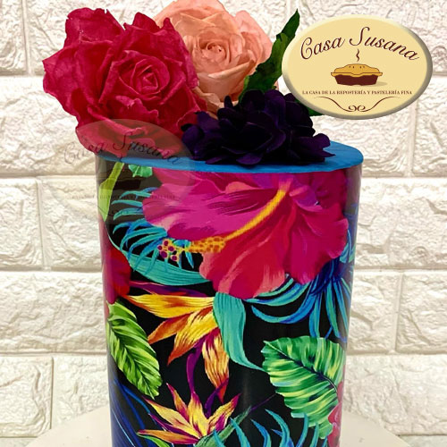 Pastel oblea con flores